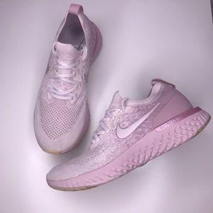 Women's Nike Epic React Flyknit Pearl Pink Size 8